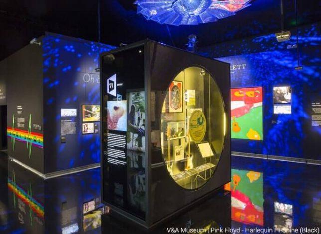 V&A museum Hi shine