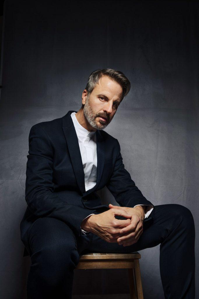Antonio Ruz was the choreographer for the Netflix production